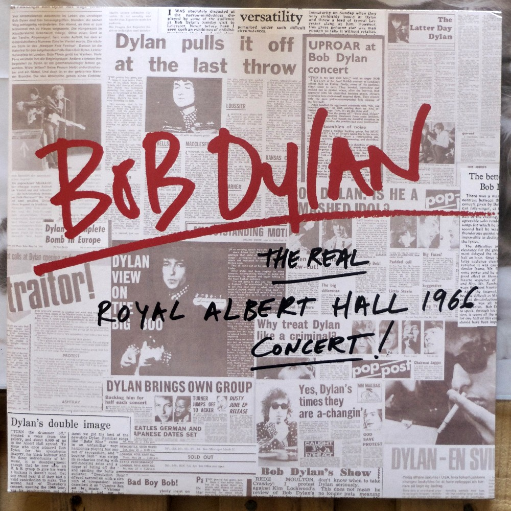 En écoute actuellement - Page 5 Bob%20Dylan%20-%20The%20Real%20Royal%20Albert%20Hall%201966%20Concert%20(2)
